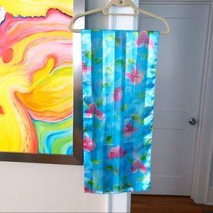 VINTAGE Sateen Vibrant Blue Floral 70's scarf